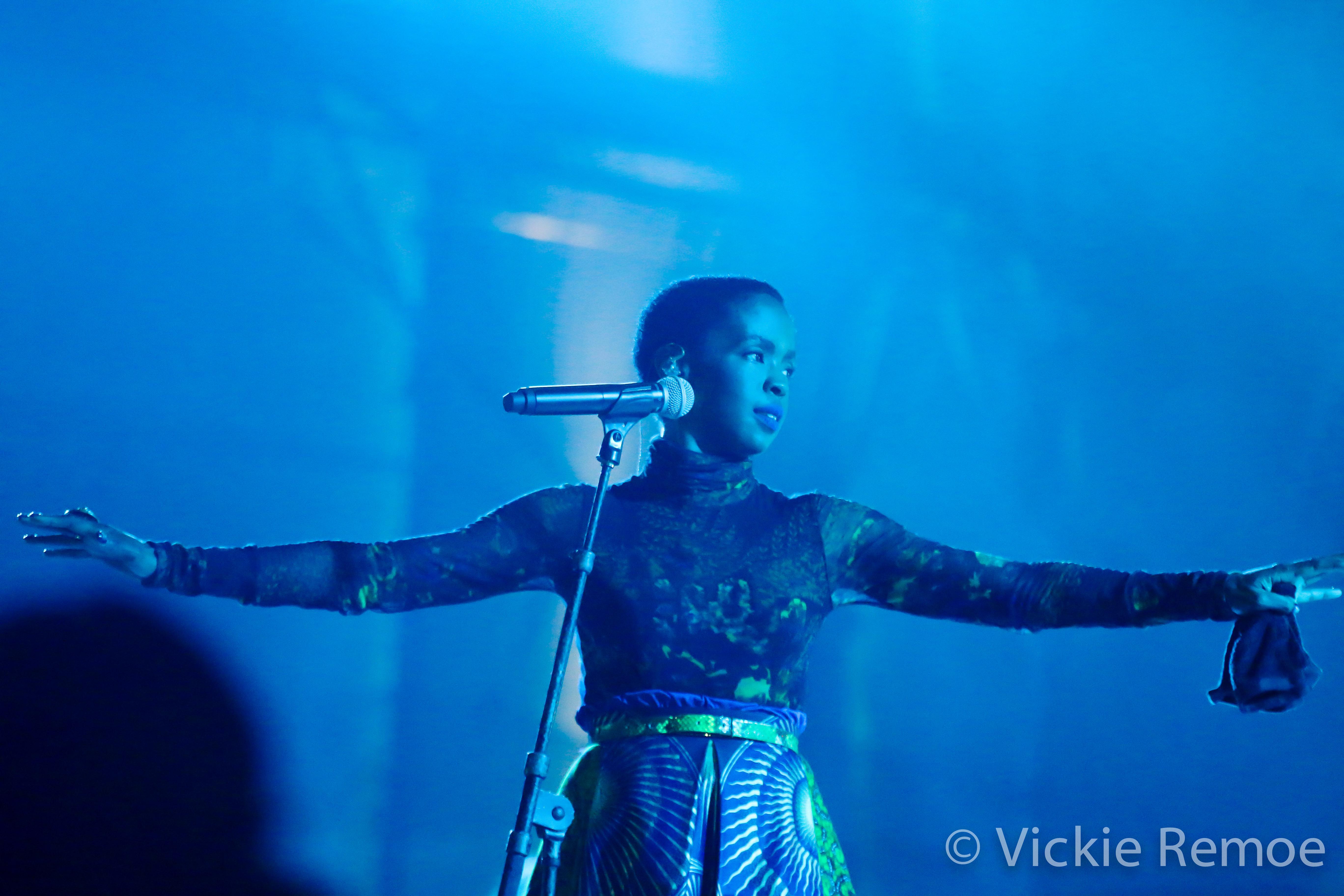 LaurynHillinGhana_Wanlov_BBNZ-Concert_StoneBoy-MissV-2014-13