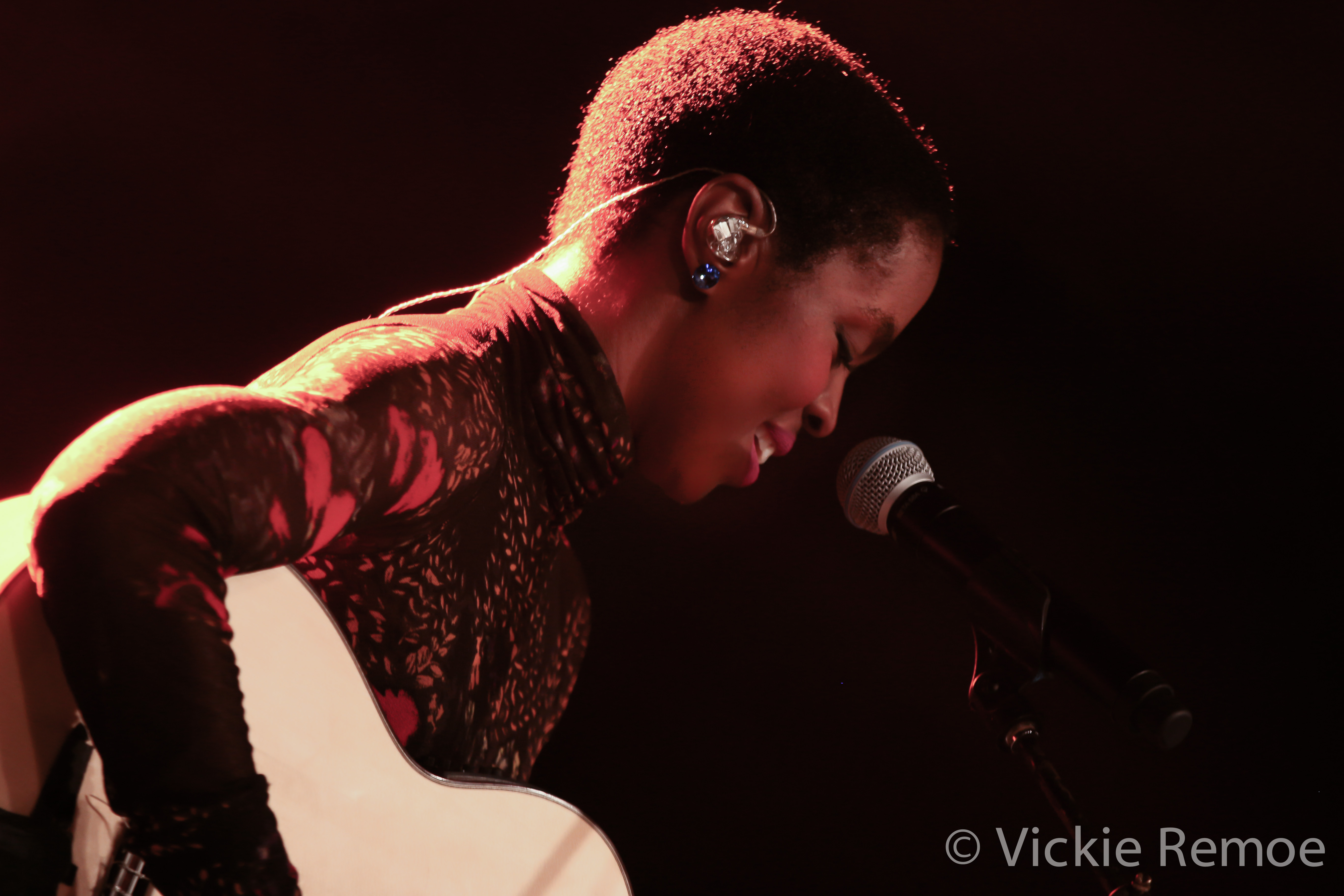 LaurynHillinGhana_Wanlov_BBNZ-Concert_StoneBoy-MissV-2014-15