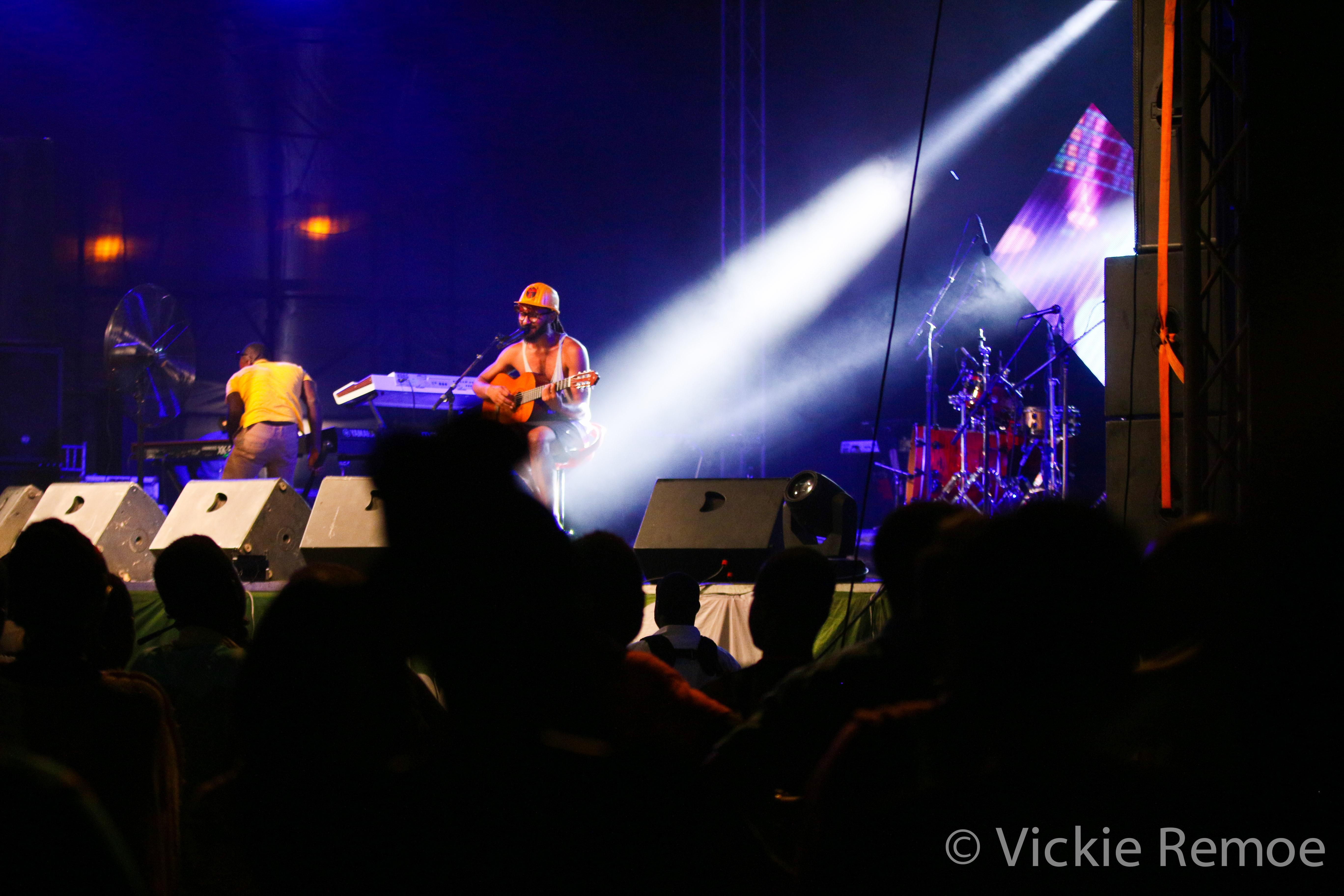 LaurynHillinGhana_Wanlov_BBNZ-Concert_StoneBoy-MissV-2014-4