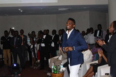 Samuel Eto in sierra Leone-Fifa11Health3