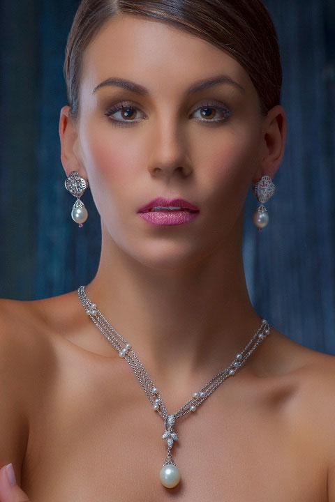 satta fine sierra jewelry leone cartier introducing answer diamond diamonds knows spent father much before woman neckpiece timeless heritage